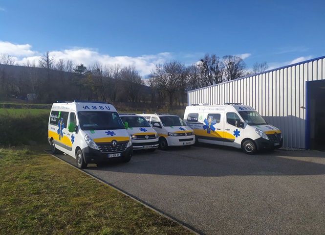 Transport médical par ambulance ou VSL, sur Bellegarde avec Bellegarde Ambulances Multin Humbert à Châtillon-en-Michaille